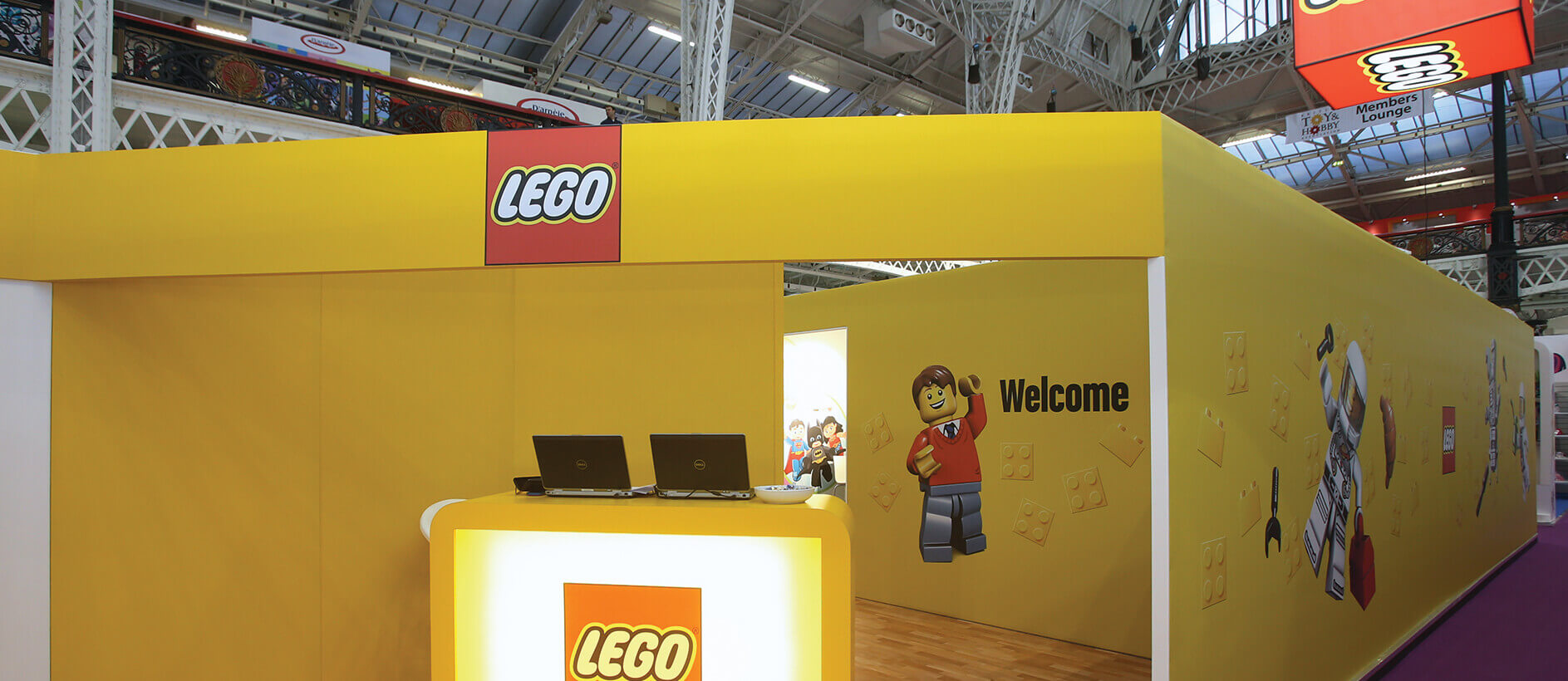 Welcome sign on Lego exhibition stand