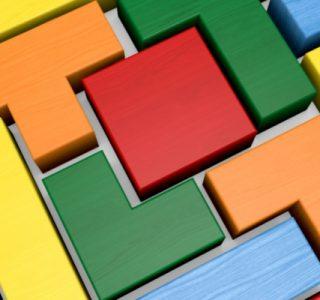 Coloured modular blocks