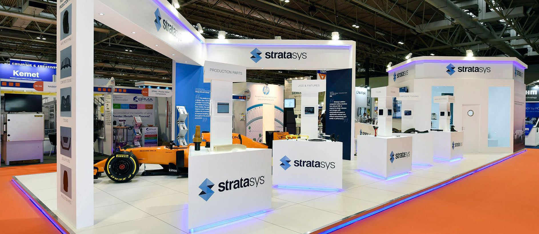 Furniture, graphics and flooring for Stratasys exhibition